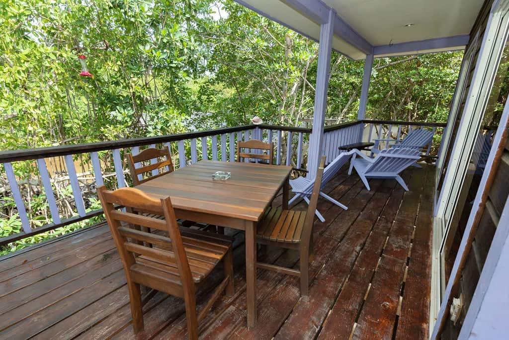 Tarpon House - Dining and Lounge