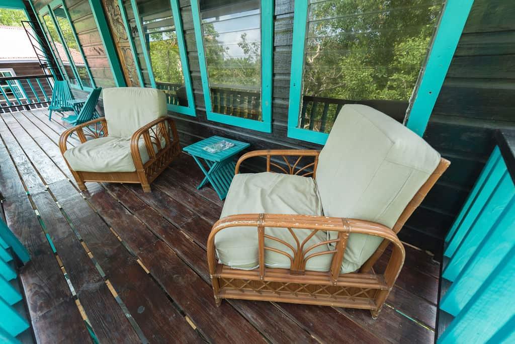 Barracuda House - Lounge Chairs